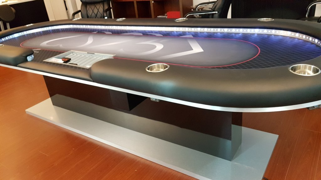 How to build a poker table with dealer cut out casino red 7