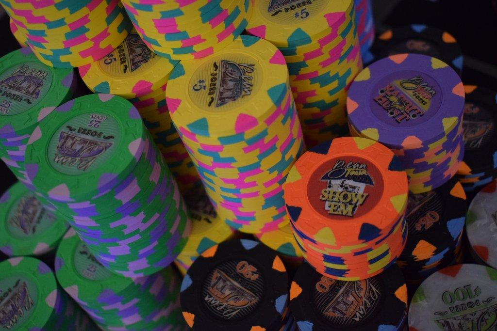 Bean Town Poker 43mm IHC Cali Cash Set  (11).JPG