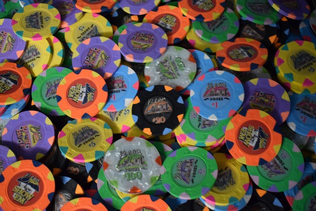 Bean Town Poker 43mm IHC Cali Cash Set  (9).JPG