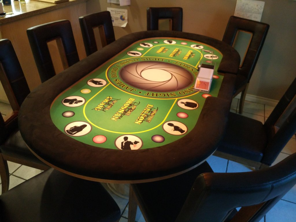 berny-poker-table-01_29040987172_o.jpg