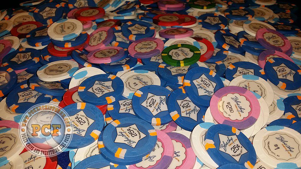 blue-chip-casino-quarters2.jpg