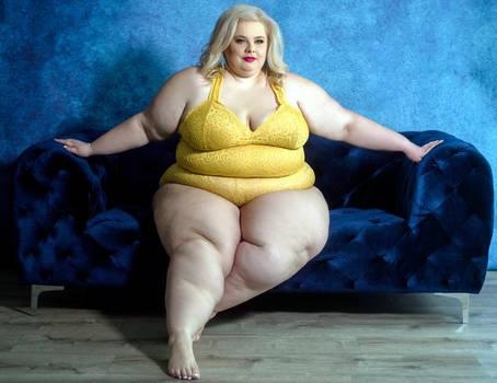 heavy_woman_in_yellow_bikini_on_a_sofa_by_energytobeauty_dci43ya-350t.jpg