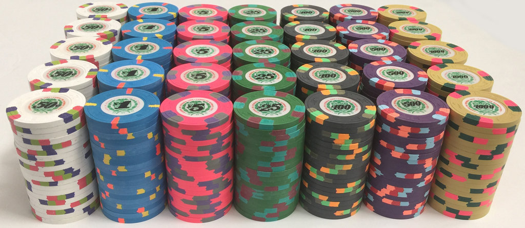 james-bond-1989-paulson-poker-chips.jpg
