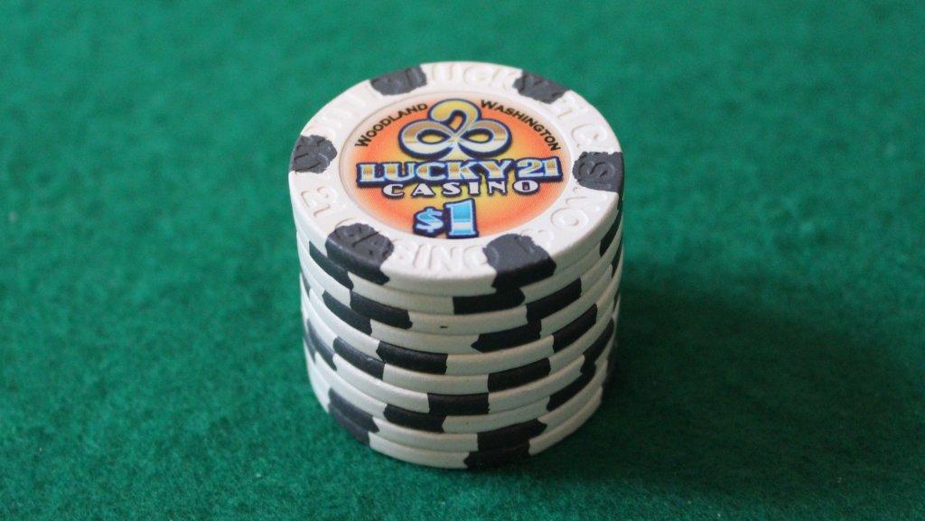Paulson Lucky 21 Casino #01.JPG