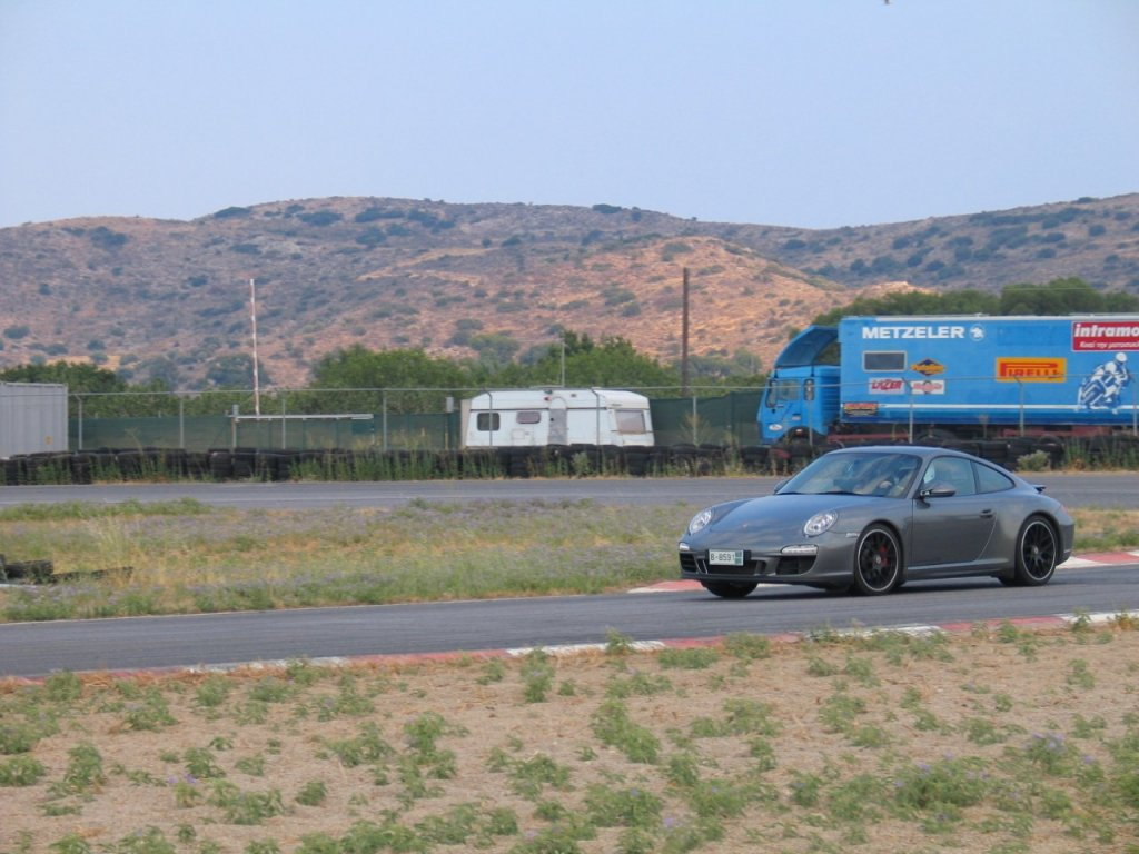 Porsche Megara2_IMG_7278.jpg
