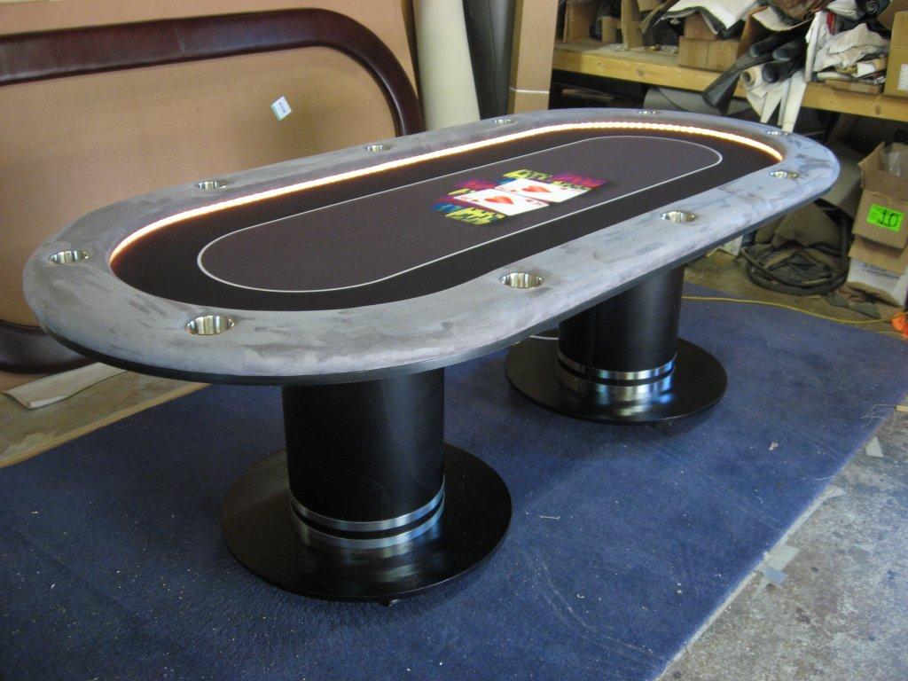tables 048 (2).JPG